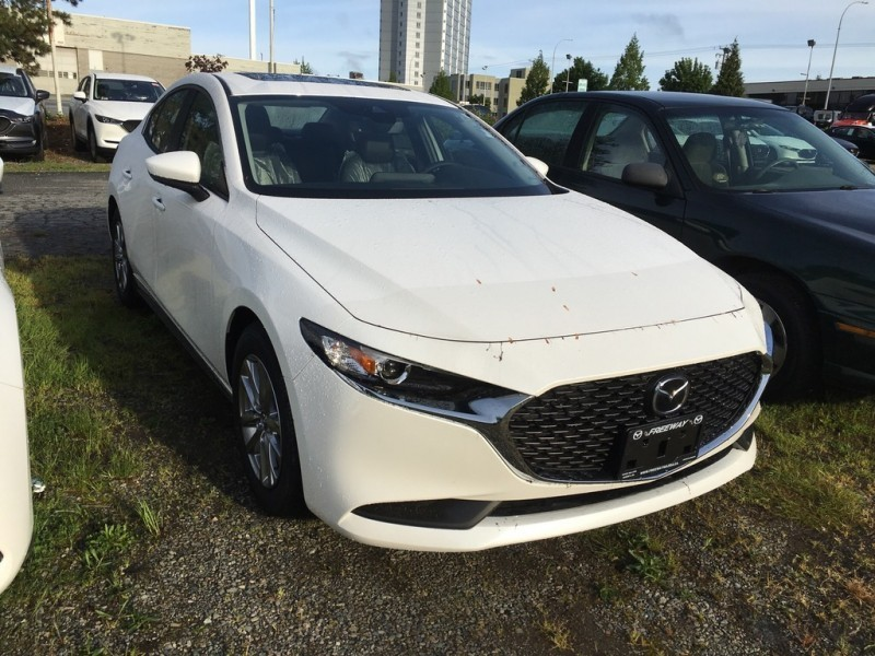 New 2019 Mazda3 GS Auto FWD - Luxury Package - $178 B/W
