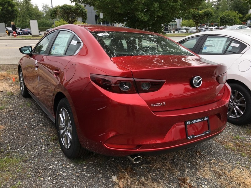 New 2019 Mazda3 GS Auto FWD - Heated Seats - $168 B/W